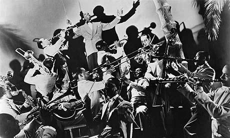 Duke-Ellington-leads-his--002