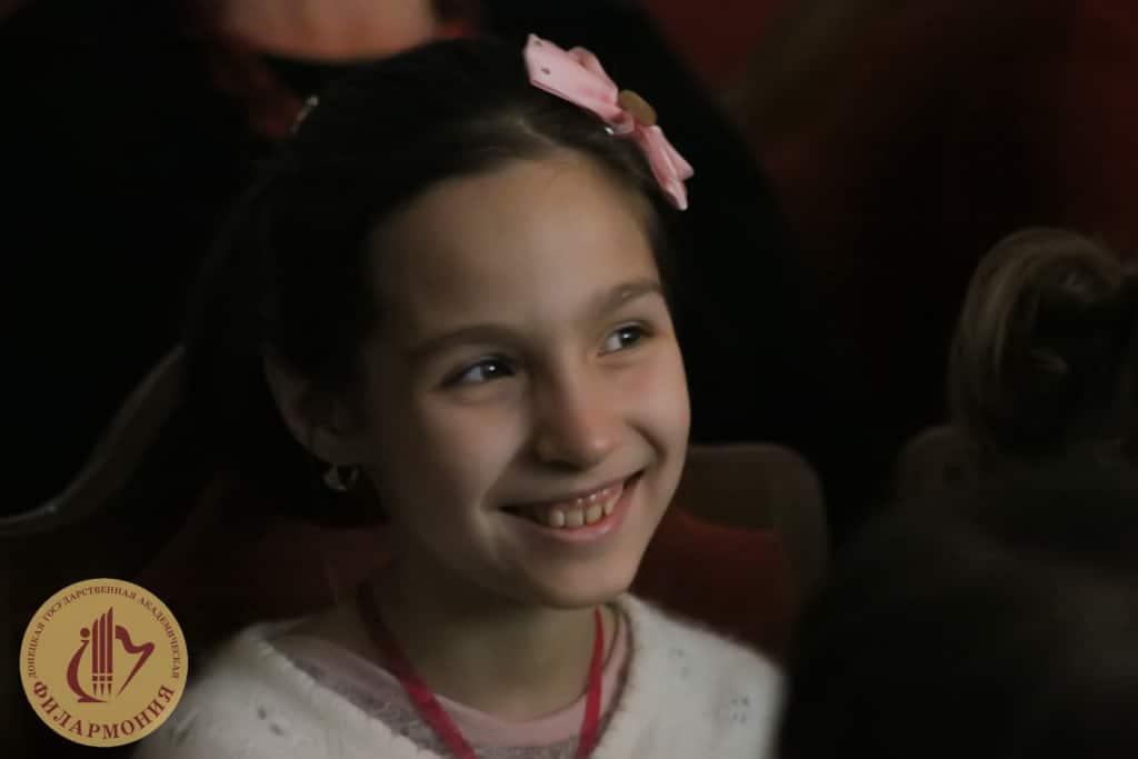 Музыкальная сказка Чиполлино в Донецкой филармонии